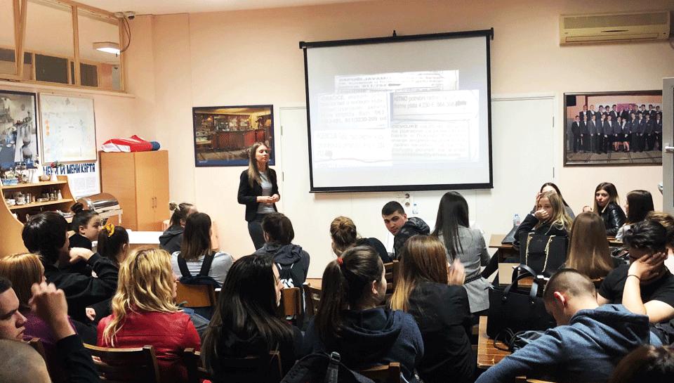 """Održano interaktivno predavanje na temu """"Trgovina ljudima"""" učenicima Srednje turističke škole"""