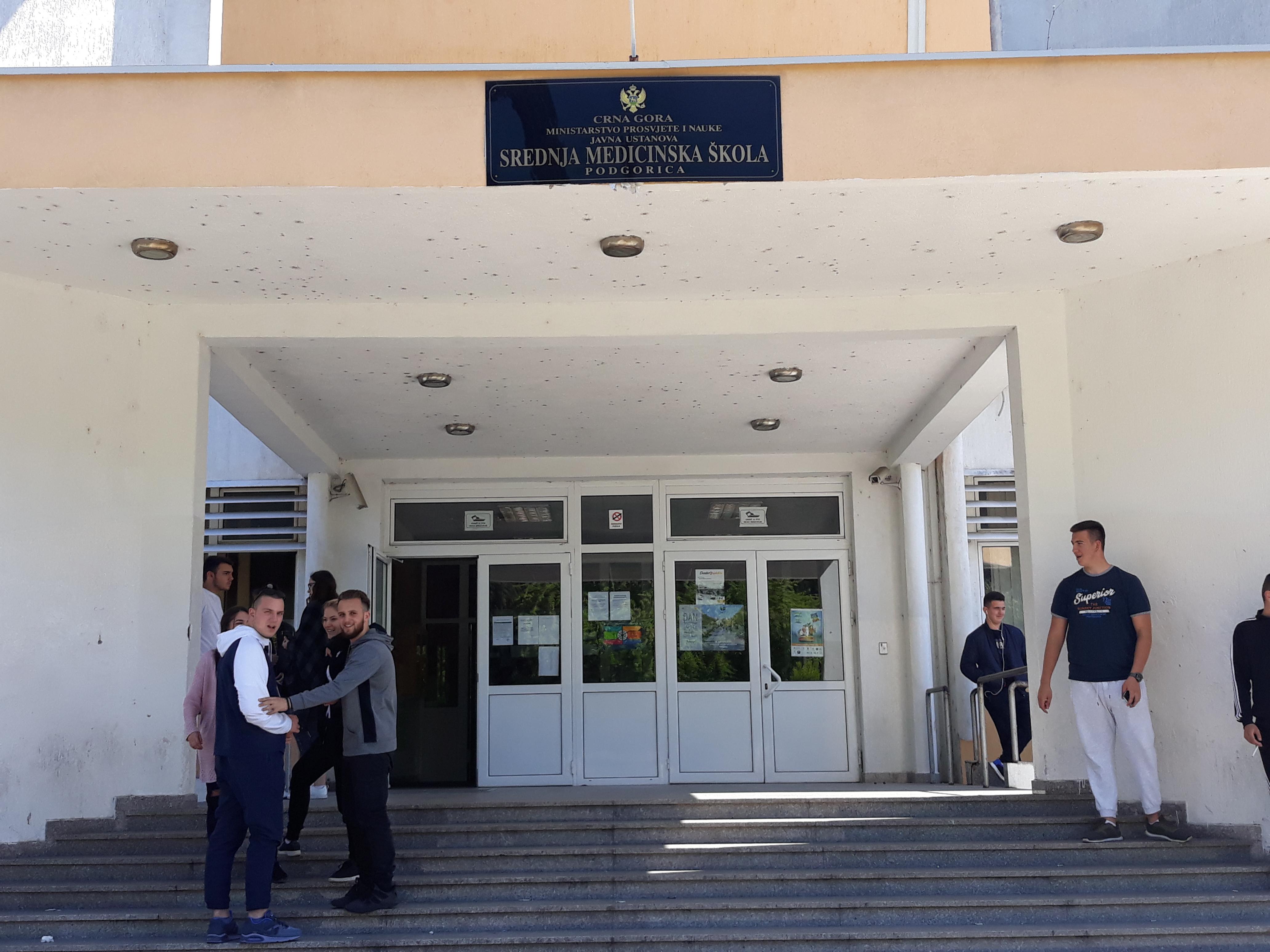 Promocija VŠSR u Srednjoj medicinskoj školi u Podgorici