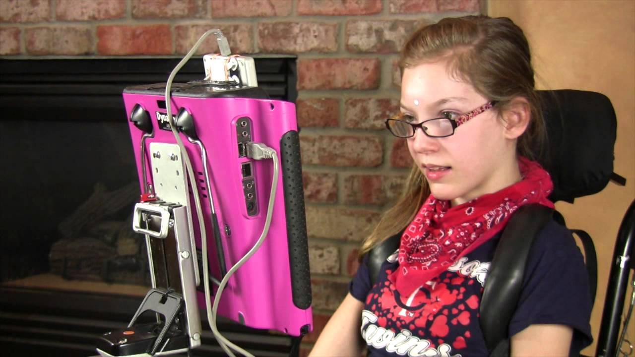 "Studentkinja Visoke škole socijalnog rada napravila ""Vodič – Asistivna tehnologija za osobe sa cerebralnom paralizom"""