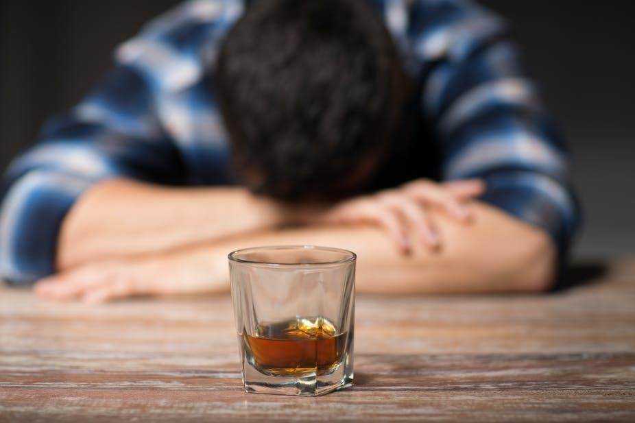 """Reci """"ne"""" alkoholu: Srbi najviše piju na Balkanu!"""